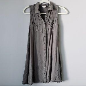 !!SALE 5 FOR $25!! Mossimo Button Down vest